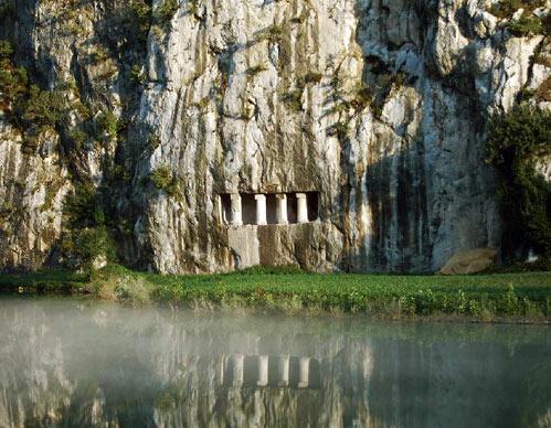 samsun bafra asarkale ve kaya mezarları